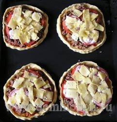 Пицца с мясным фаршем